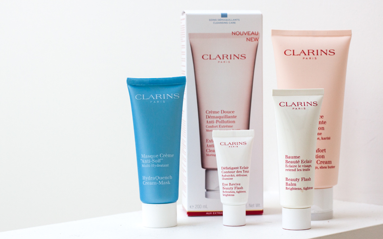 CLARINS, BEAUTY BLOGGER, CLARINS REVIEW, CLARINS HYDRATING PRODUCTS, SARAH JANE YOUNG, SHEISSARAHJANE,