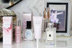 SARAH JANE YOUNG, BEAUTY BLOGGER, bY tERRY, HAND CREAM, lA cREME mAINS, bAUME dE rOSE, cELLULAROSE, OIL ELIXIR, BEAUTY REVIEW, SHEISSARAHJANE, DIPTYQUE, BURBERRY, BURBERRY BODY