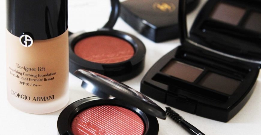 SARAH JANE YOUNG, SHEISSARAHJANE, BEAUTY BLOGGER, MAKE-UP REVIEW, MAC, MAC COSMETICS, CHANEL, PERFECT BROWS, PERFECT BROW KIT, BLUSH, MAC BLUSH, MUMMY BLOGGER,